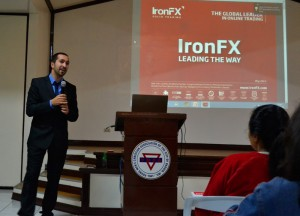 Ironfx-Class-Room-Teaching